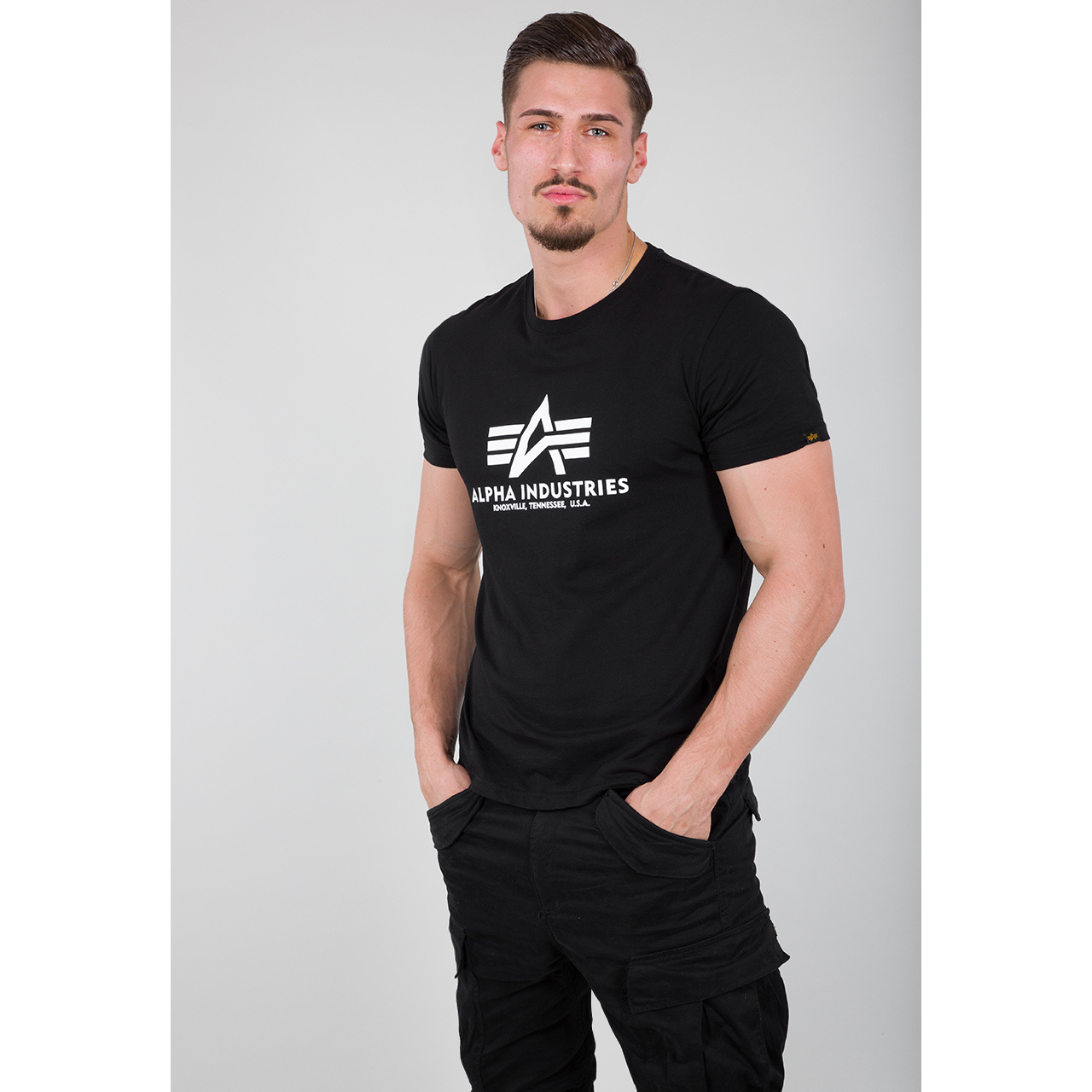 tričko BASIC T black